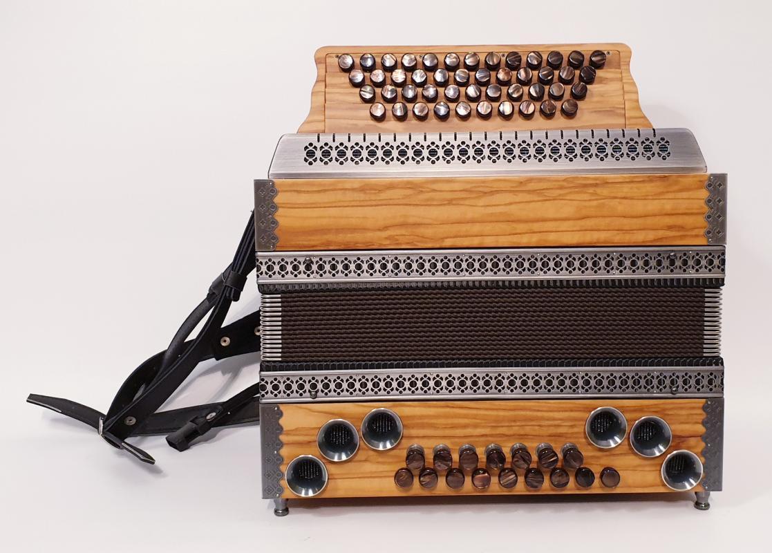 Solist-Harmonika Olive/Altsilber
