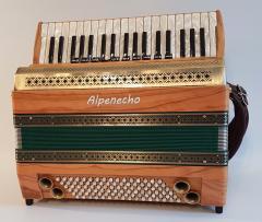 Waidler 96-Bass Akkordeon Alpenecho