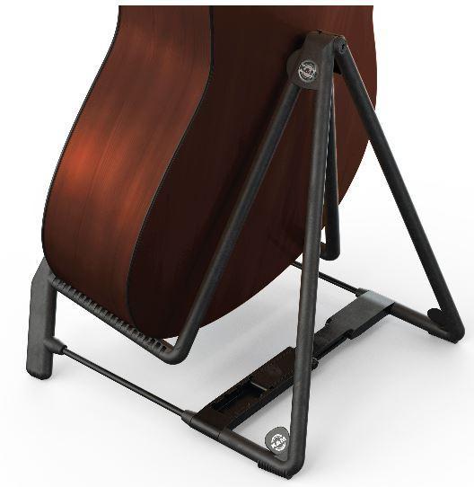 17580 Heli2 rot Gitarrenständer